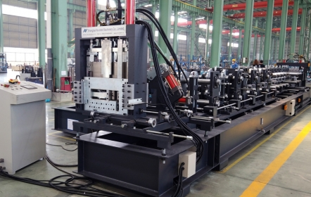 Popular CZ Purlin Roll Forming Machine with width 400mm, thickness 4mm
